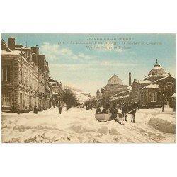 carte postale ancienne 63 LA BOURBOULE. Départ du courrier en Traineau Boulevard Clémenceau