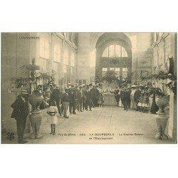 carte postale ancienne 63 LA BOURBOULE. Grande Galerie Etablissement 1912