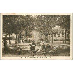 carte postale ancienne 63 LA BOURBOULE. Place du Jet d'Eau 1934