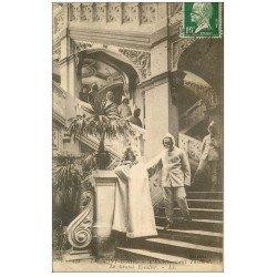 carte postale ancienne 63 LE MONT DORE. Grand Escalier Etablissement Thermal 1924