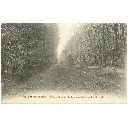 carte postale ancienne 02 VILLERS-COTTERETS. Chasse à Courre. La Laie vers 1917