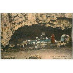 carte postale ancienne 63 ROYAT. Grotte des Laveuses en couleur
