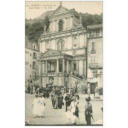 carte postale ancienne 63 ROYAT. La Sortie du Sacré-Coeur
