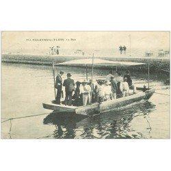carte postale ancienne 34 PALAVAS-LES-FLOTS. Le Bac 1909