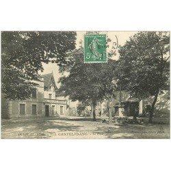 carte postale ancienne 46 CASTELFRANC. La Place 1909