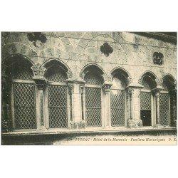 carte postale ancienne 46 FIGEAC. Hôtel de la Monnaie Fenêtres