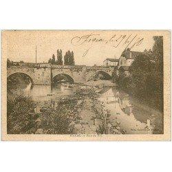 carte postale ancienne 46 FIGEAC. Pont du Pin 1930