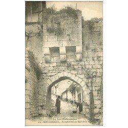 carte postale ancienne 46 ROCAMADOUR. Porte Basse et Laveuse