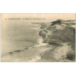carte postale ancienne 17 CHATELAILLON. Falaise et Brise-Lames