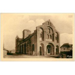 carte postale ancienne 03 CHATELMONTAGNE. Eglise Romane