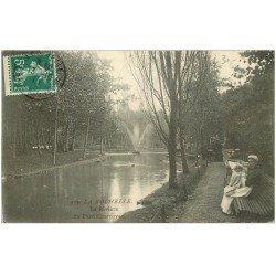 carte postale ancienne 17 LA ROCHELLE. Parc Charruyer la Rivière 1911. Nurse et Bébé