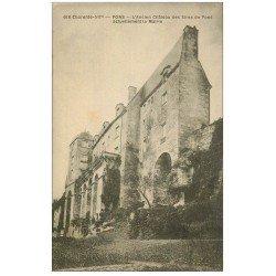 carte postale ancienne 17 PONS. La Mairie ancien Château des Sires de Pons