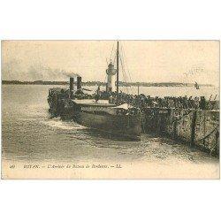 carte postale ancienne 17 ROYAN. Arrivée du Bateau de Bordeaux