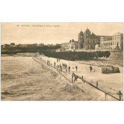 carte postale ancienne 17 ROYAN. Foncillon à Marée haute 1930. Pêcheurs au Carrelet