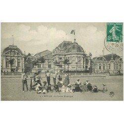 carte postale ancienne 17 ROYAN. Le Casino. Joueur de Tennis de Plage et le Diabolo 1910