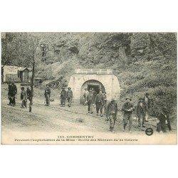 carte postale ancienne 03 COMMENTRY. 1924 sortie des Mineurs d'une Galerie de la Mine