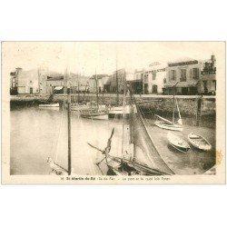 carte postale ancienne 17 SAINT-MARTIN-DE-RE. Port et Quai Job Foran 1946