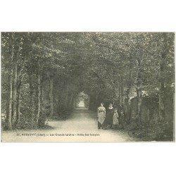 carte postale ancienne 18 AUBIGNY. Les Grands Jardins Allée des Soupirs 1919