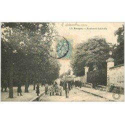 carte postale ancienne 18 BOURGES. Boulevard Lahitolle animé 1906