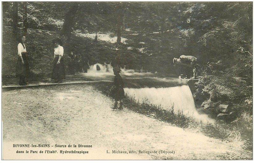 carte postale ancienne 01 Divonne-les-Bains. Parc Hydrothérapique Source de la Divonne 1914