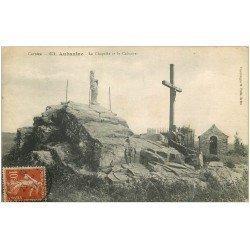 carte postale ancienne 19 AUBAZINE. La Chapelle et le Calvaire 1917 avec personnage assis