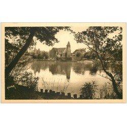 carte postale ancienne 19 BEAULIEU-SUR-DORDOGNE. L'Eglise et la Dordogne