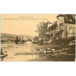 carte postale ancienne 19 BEAULIEU-SUR-DORDOGNE. Maison de la Clarisse avec rameur