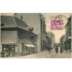 carte postale ancienne 19 BORT-LES-ORGUES. Avenue de la Gare 1933. Bar Tabac