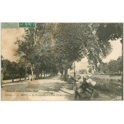 carte postale ancienne 19 BRIVE. La Promenade et Pont Cardinal 1921. Traces fumées...