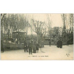 carte postale ancienne 19 BRIVE. Le Jardin Public 1907