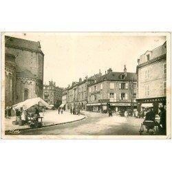 carte postale ancienne 19 BRIVE. Place Hôtel de Ville 1941. Carte Photo
