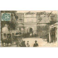 carte postale ancienne 20 BASTIA. Entrée de la Citadelle 1904 attelage et Coiffeur Moncio