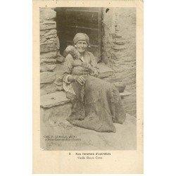 carte postale ancienne 20 PERO CASEVECCHIE. Vieille Fileuse Corse 1924. Nos Femmes d'autrefois et vieux Métiers