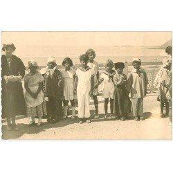 carte postale ancienne 22 COTES-D'ARMOR. Rare et superbe Photo Carte Postale d'un groupe d'Enfants déguisés