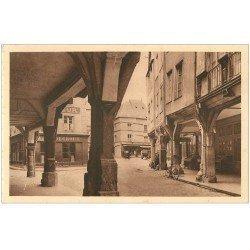 carte postale ancienne 22 DINAN. Maisons des Porches