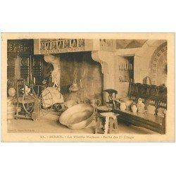 carte postale ancienne 22 DINAN. Vieille Maison Salle au 1er étage 1927