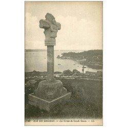 carte postale ancienne 22 ILE DE BREHAT. La Croix de Crech Guen