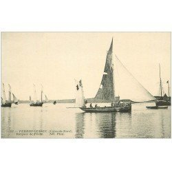 carte postale ancienne 22 PERROS-GUIREC. Barques de Pêche ND 221