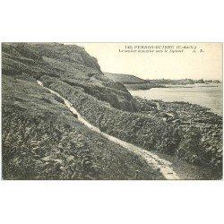 carte postale ancienne 22 PERROS-GUIREC. Sentier Douanier vers le Squevel 1926