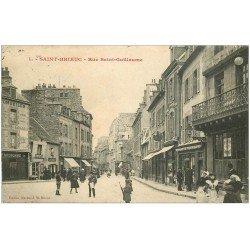 22 SAINT-BRIEUC. Rue Saint-Guillaume 1914. Magasin journaux et cartes postales. Jeune Vendeur de journaux ambulant