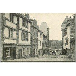 carte postale ancienne 22 TREGUIER. Rue Ernest-Renan Tabac