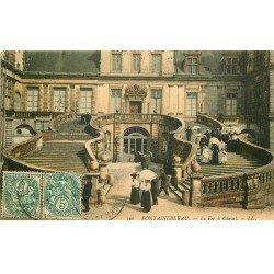 77 FONTAINEBLEAU. 17 CPA dont une de 1899 et une de 1901. Fer à Cheval, Napoléon, Etang aux Carpes Cour des Adieux...