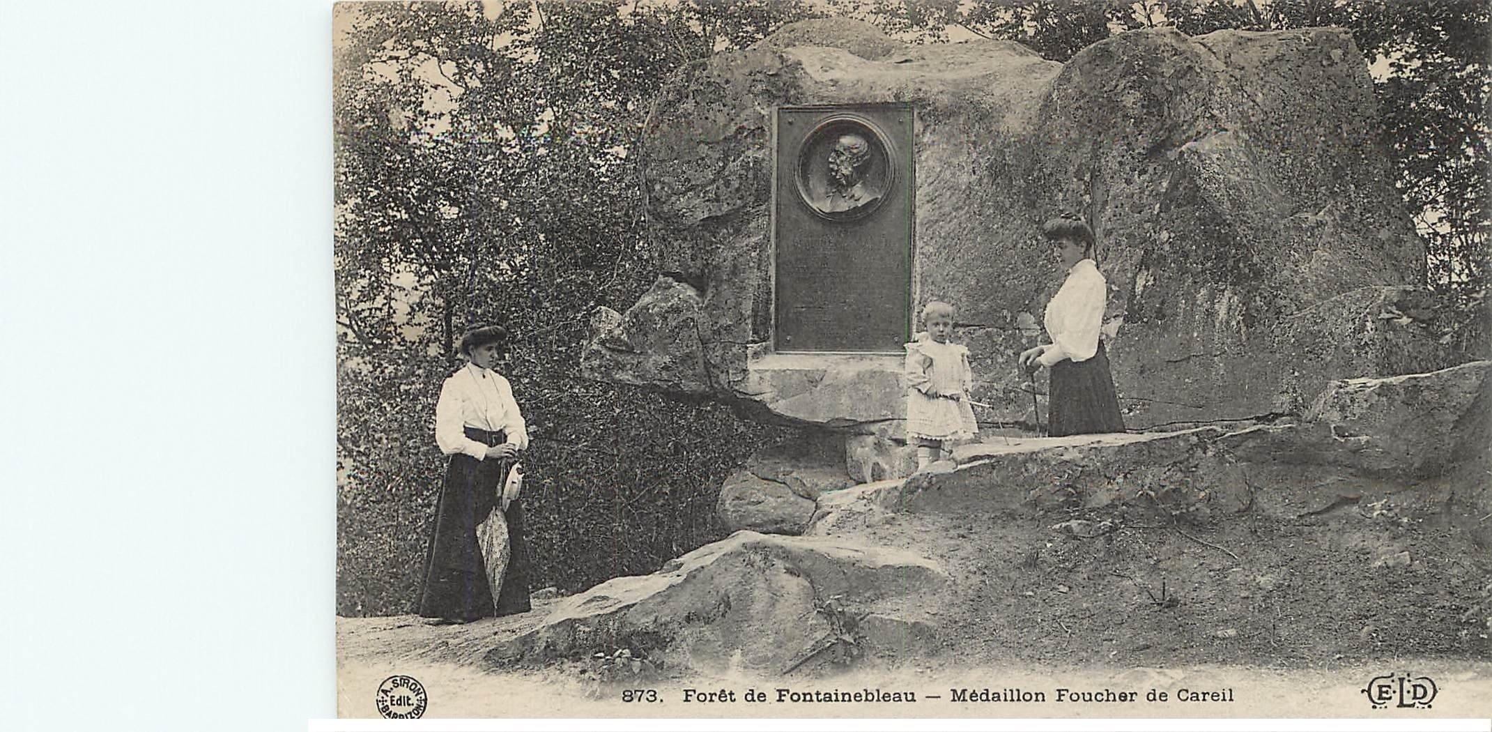 carte postale ancienne 77 FONTAINEBLEAU. Médaillon Foucher de Careil