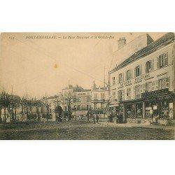 carte postale ancienne 77 FONTAINEBLEAU. Place Denecourt et Grande Rue Pâtisserie Parisienne
