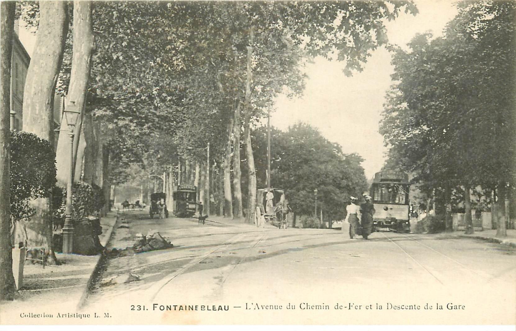carte postale ancienne 77 FONTAINEBLEAU. Avenue du Chemin de Fer et descente de la Gare