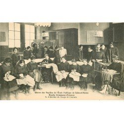 carte postale ancienne 77 AVON. Ecole des Pupilles Uruguay-France. Atelier Coupe Couture. Impeccable