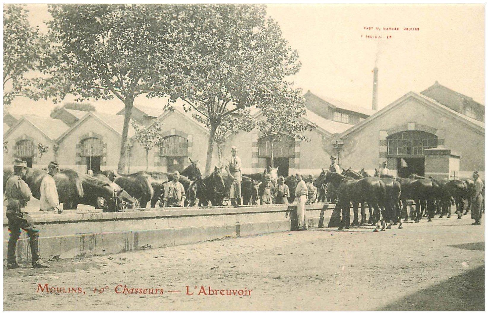 carte postale ancienne 03 MOULINS. 10° Chasseurs l'Abreuvoir des Chevaux