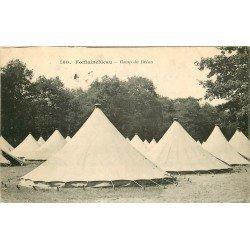 carte postale ancienne 77 FONTAINEBLEAU. Camp du Bréau 1915. Militaires et Campement Tampon militaire