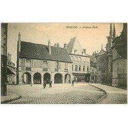 carte postale ancienne 03 MOULINS. Ancien Halle et Tapissier
