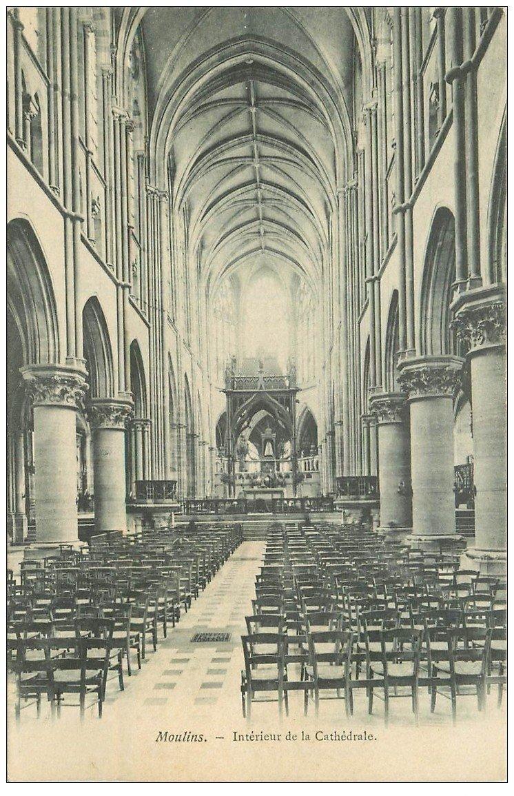 carte postale ancienne 03 MOULINS. Cathédrale intérieur Nef